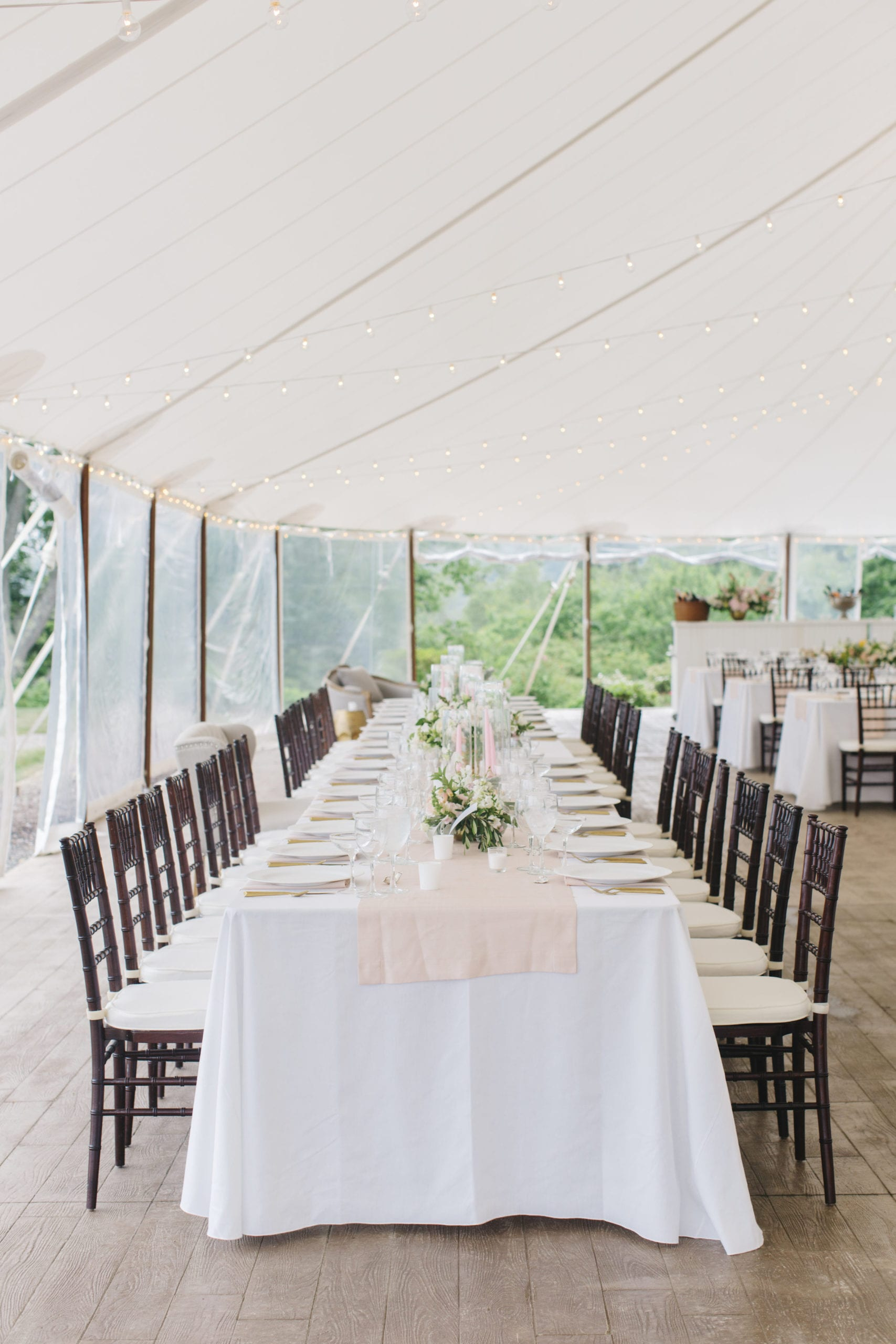 What Size Table Linen Should I Order?