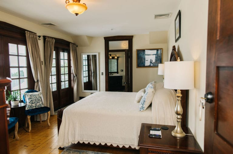 The Retreat House Suite 2: The May Harris Suite